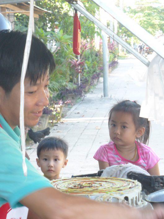 Vendeur de crêpes, Luang Namtha