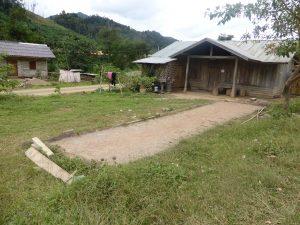 Terrain de pétanque, village laotien (les restes du protectorat français)