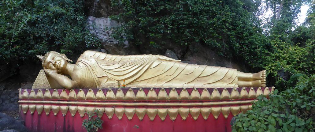 Phou Si Hill, Bouddha trop calé !