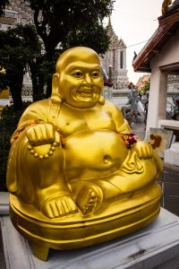 Gros Bouddha doré