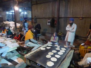 Atelier chapati au Golden Temple