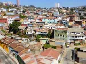 Vue sur la ville depuis l'une des collines