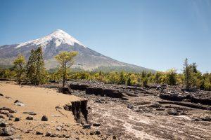 Osorno Volcano et sa coulée de lave qu'on a eu du mal à passer