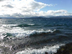 L'immense lac Nahuel Huapi à Bariloche