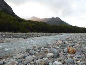 Rivière près du camping Rio Turbio