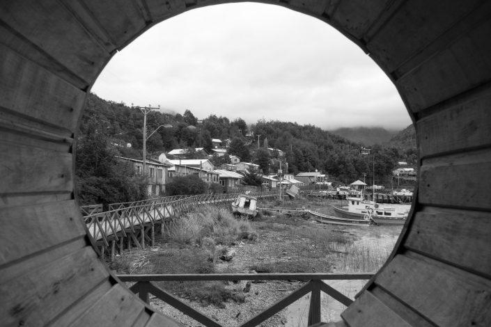 Caleta Tortel et ses passerelles et ses bateaux