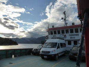Passage de ferry entre Caleta Tortel et Villa O'Higgins