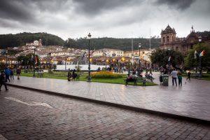 Plaza de Armas sous la pluie