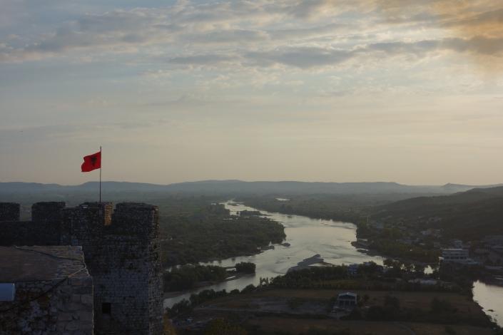 Vue depuis la Citadelle de Rozafa